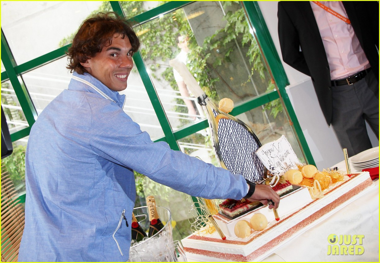 rafael nadal birthday celebration in paris 01