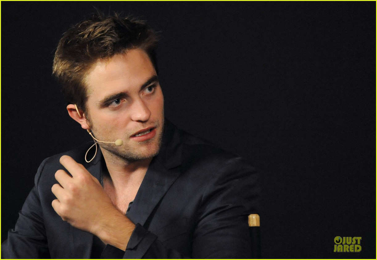 robert pattinson apple qa 06