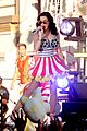 katy perry wide awake performance at part of me premiere 27