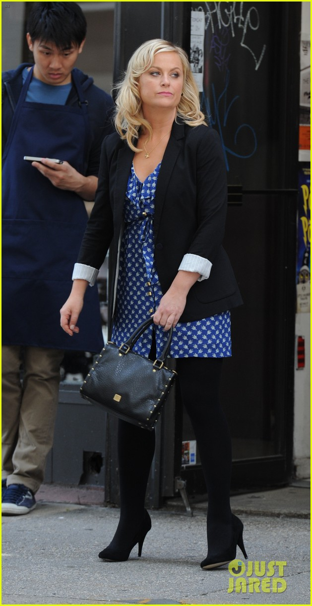 amy poehler they came together set with paul rudd 04