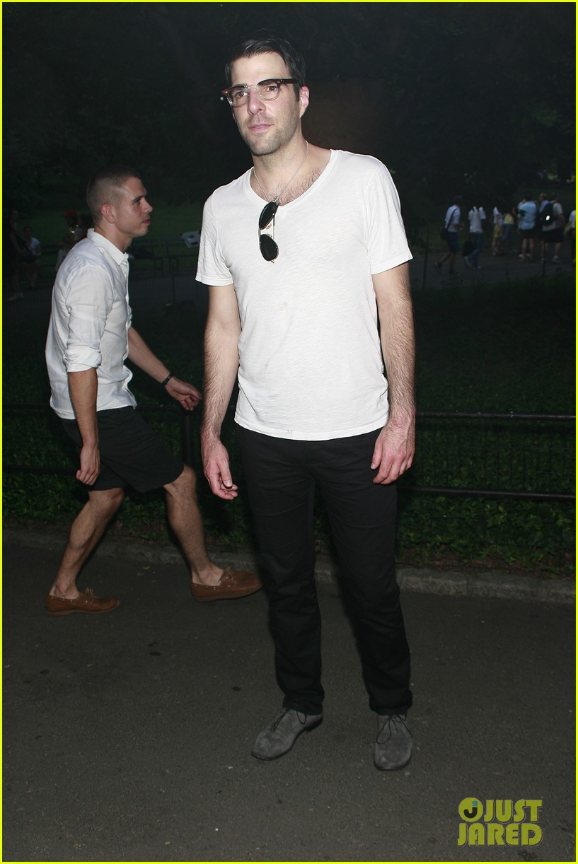 zachary quinto west village walk jonathan groff 01a