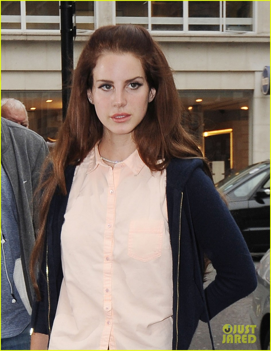 lana del rey to play jackie o in national anthem music video 032677822