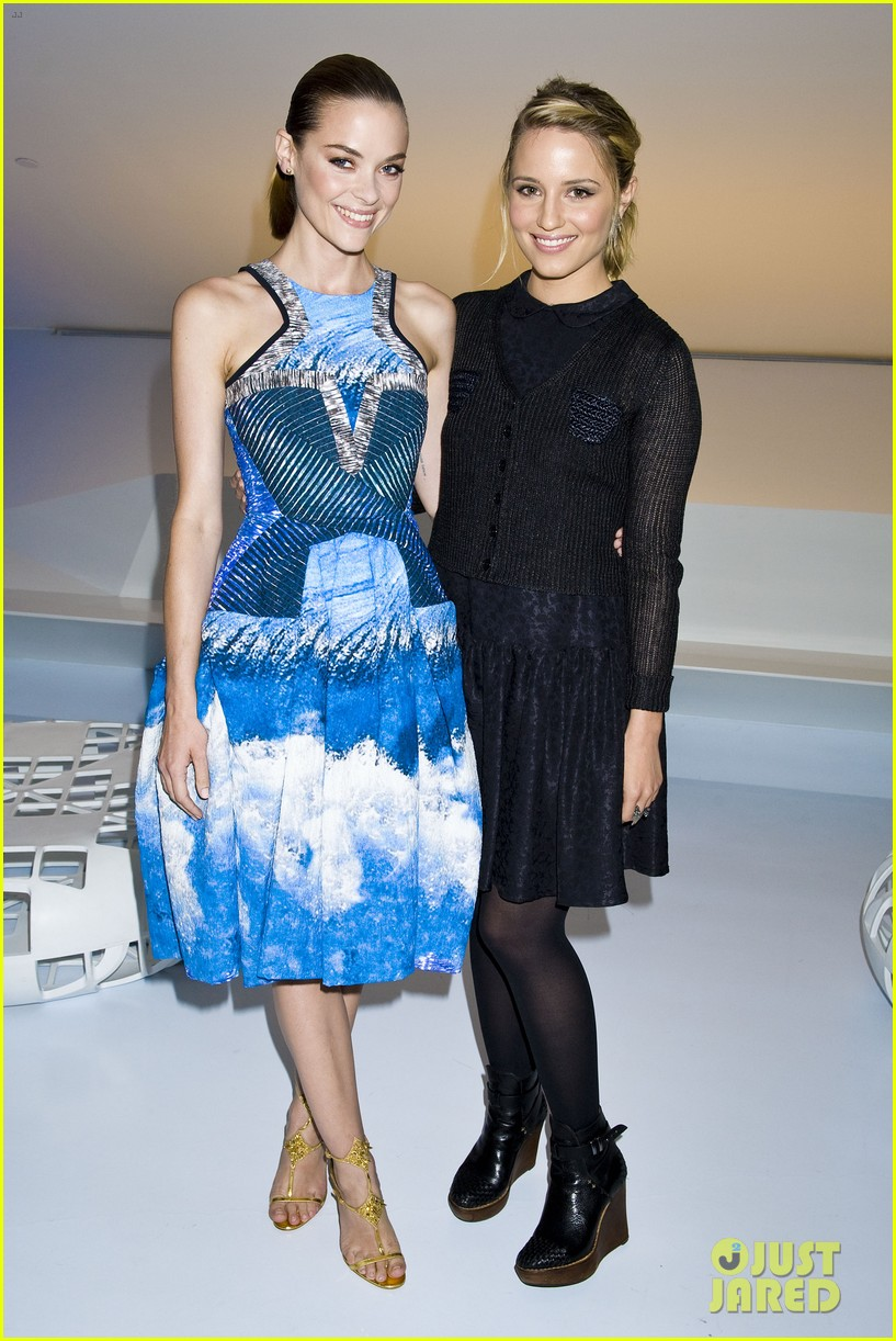 zoe saldana dianna agron persol magnificent obsessions event 05