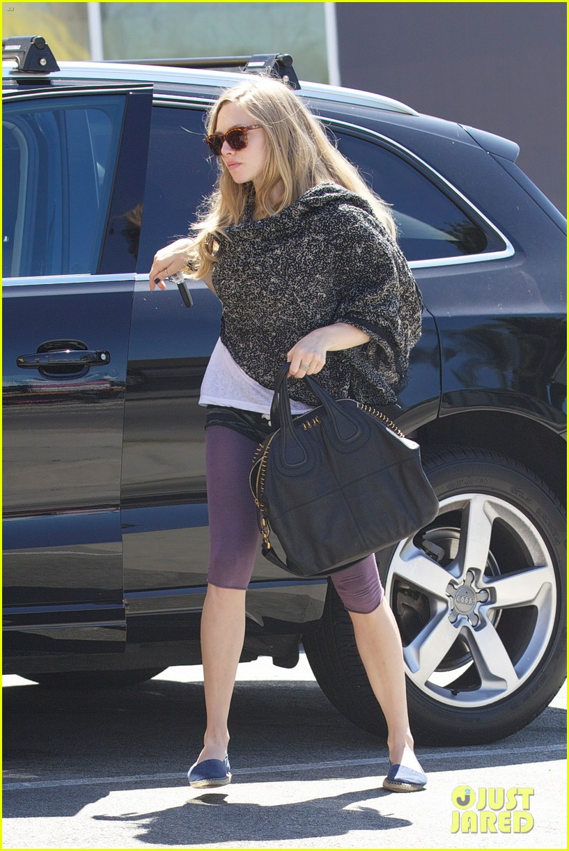 amanda seyfried les miserables wraps filming 08