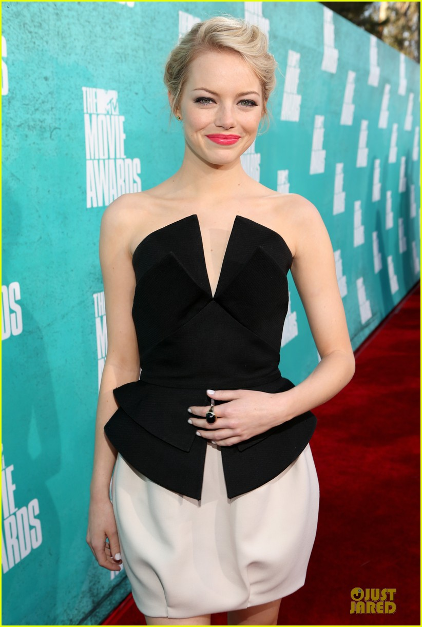 emma stone andrew garfield mtv movie awards 2012 08