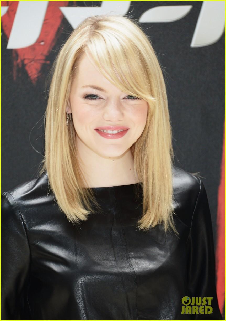 Причёска на волосы до плеча фото с челкой