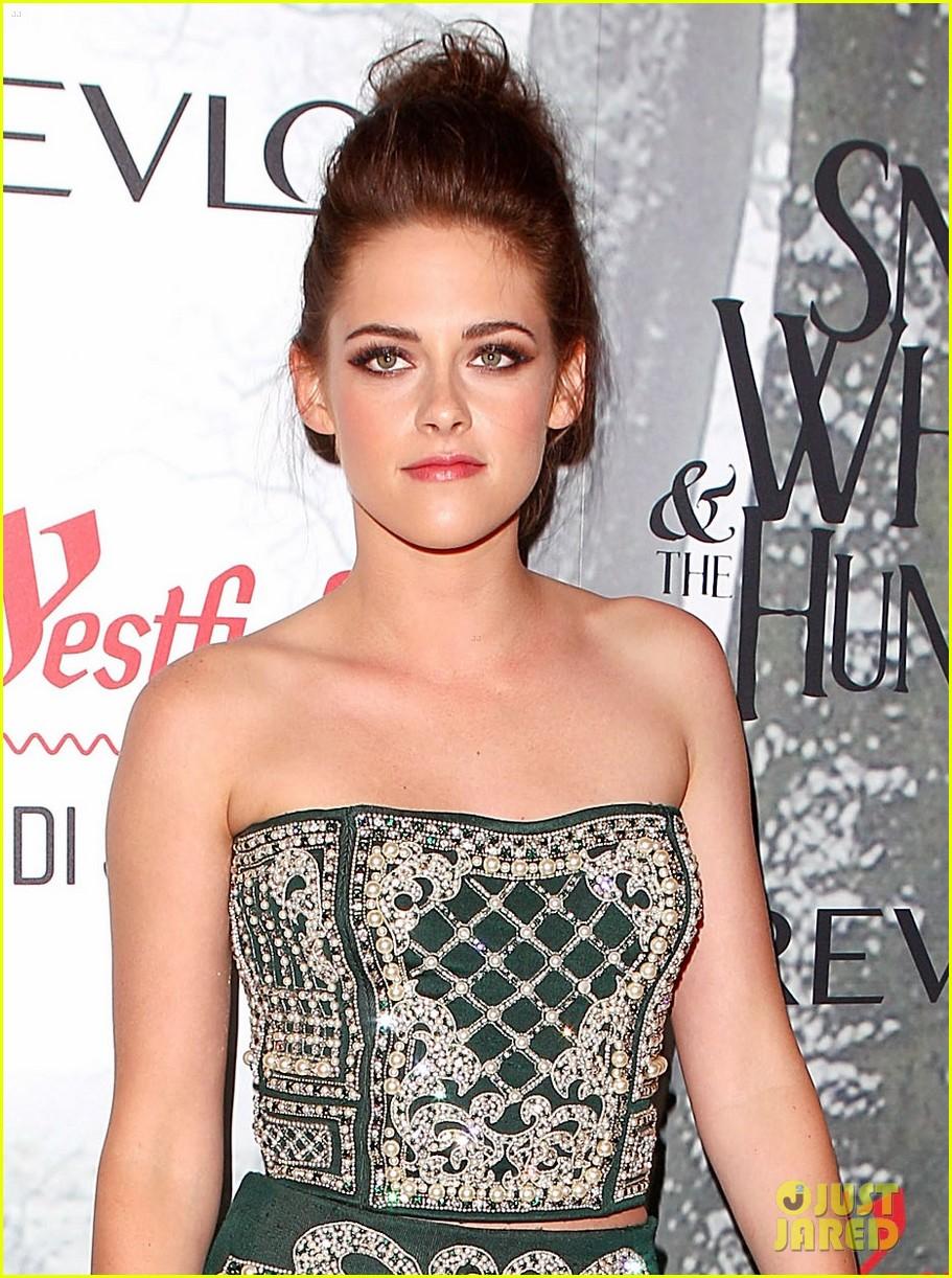 Kristen Stewart & Chris Hemsworth: 'Snow White' Sydney Premiere! Kristenstewart