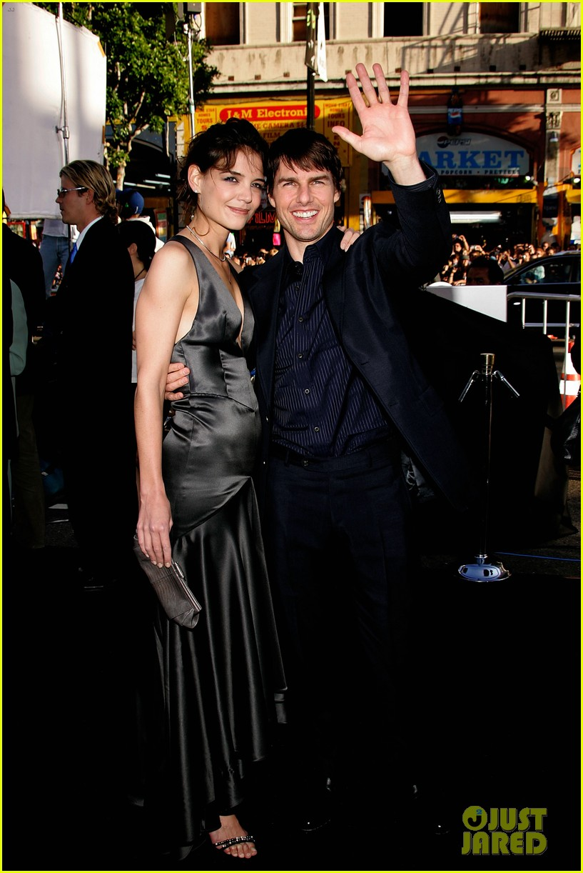 tom cruise katie holmes hottest red carpet moments 04