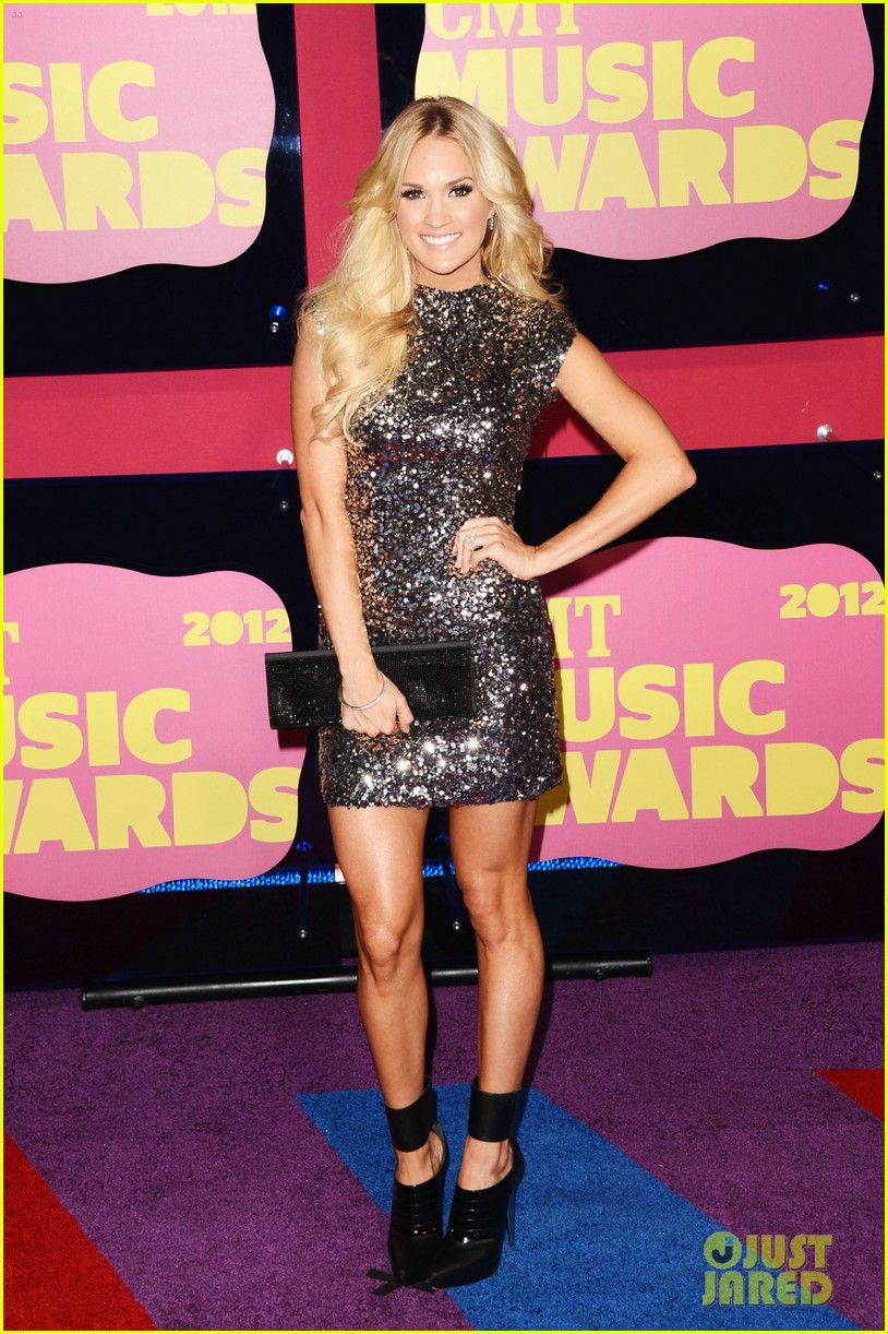 carrie underwood cmts 01