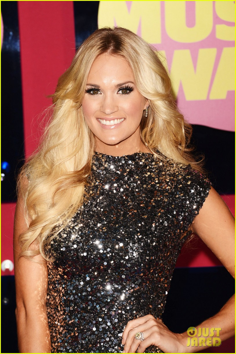 carrie underwood cmts 05
