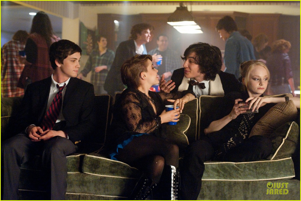 emma watson perks wallflower stills 01