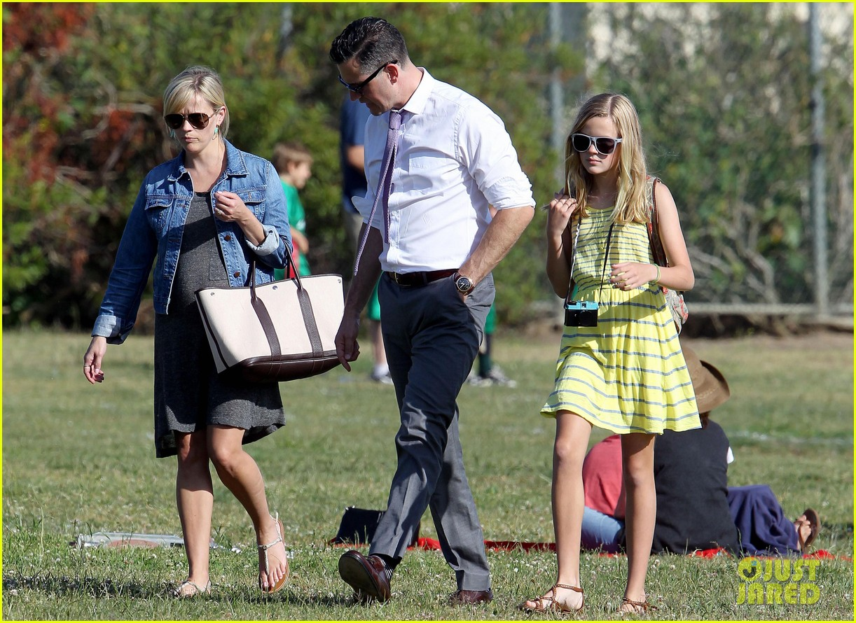 reese witherspoon family flag football 17
