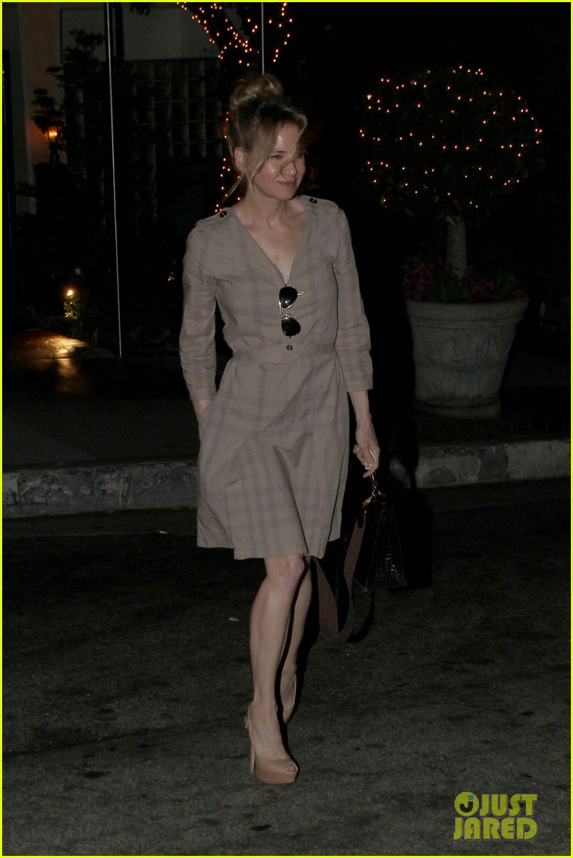 renee zellweger sunset marquis 012674894