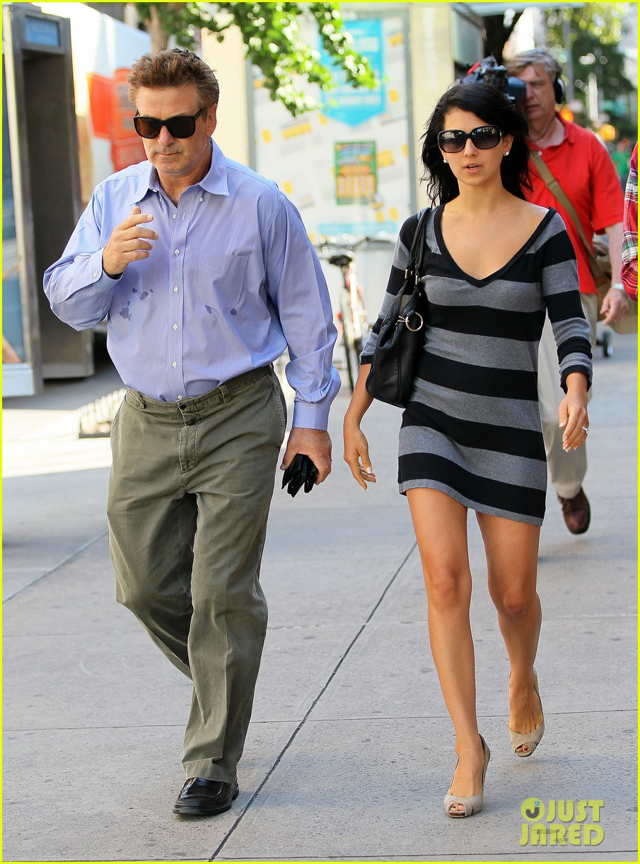 alec baldwin morning after wedding with ireland hilaria 03