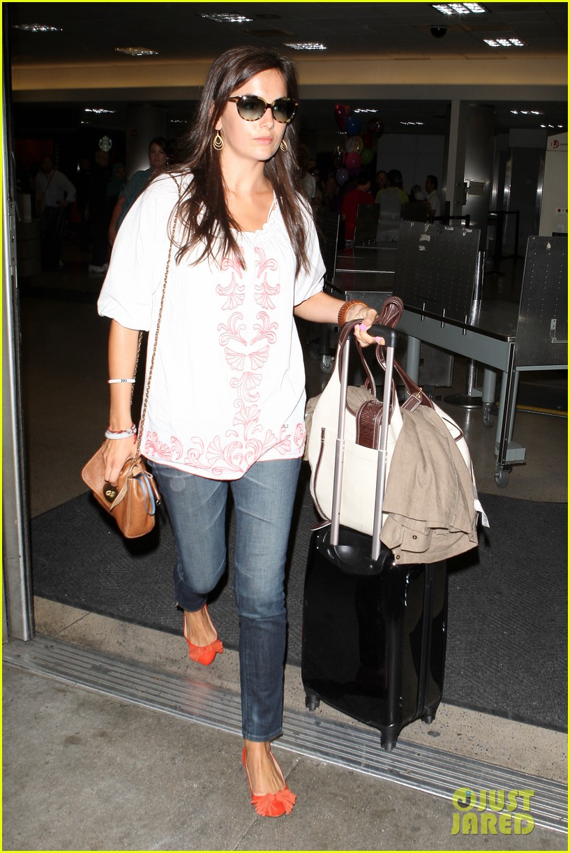 camilla belle lands in los angeles with evolet 10