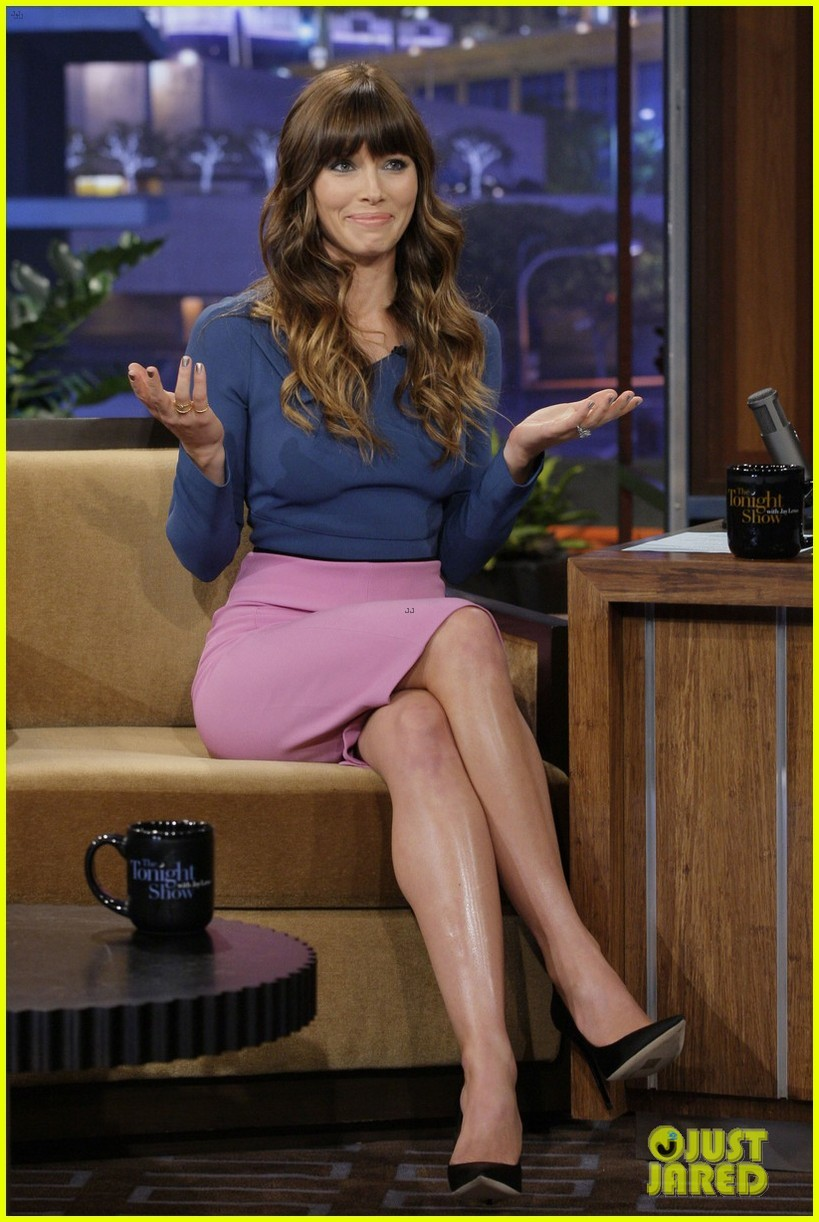 jessica biel tonight show with jay leno 02