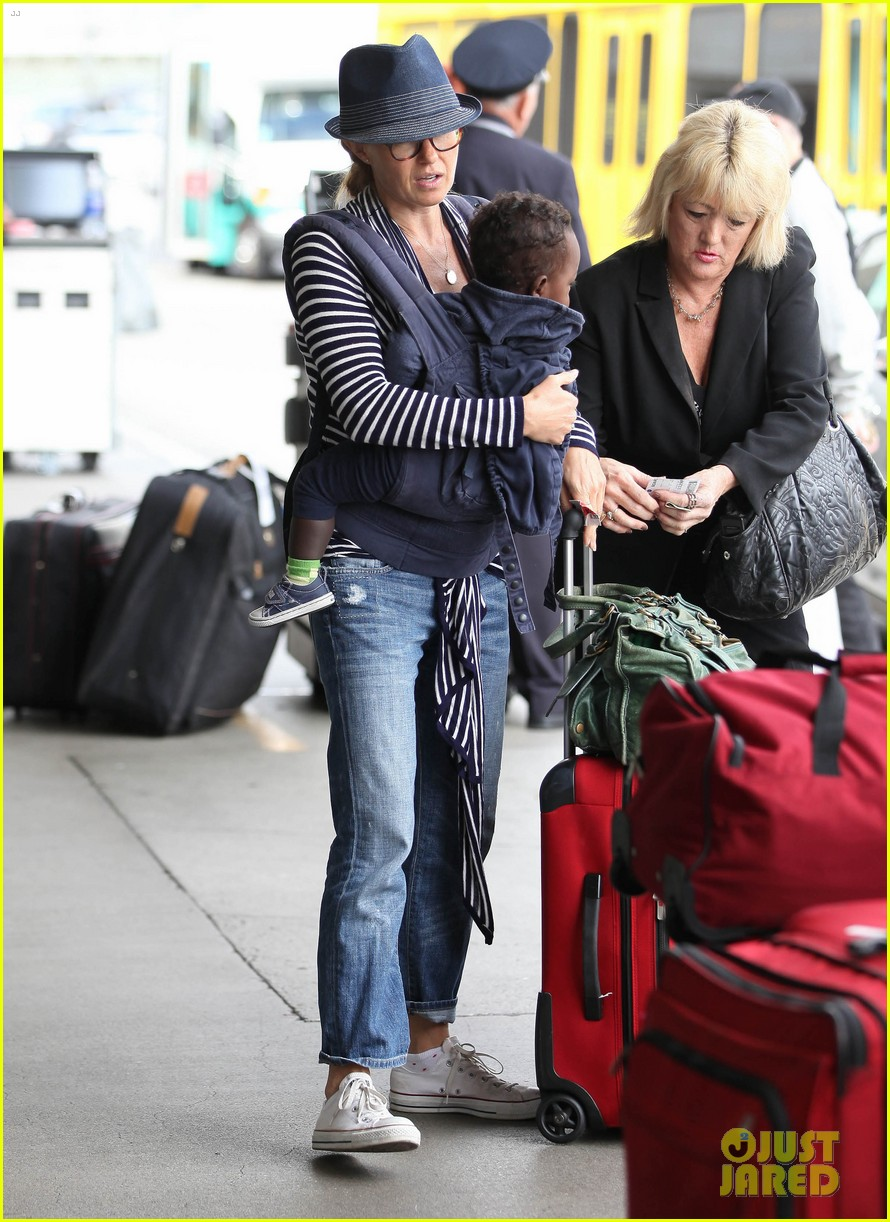 connie britton leaves los angeles with eyob 112688686