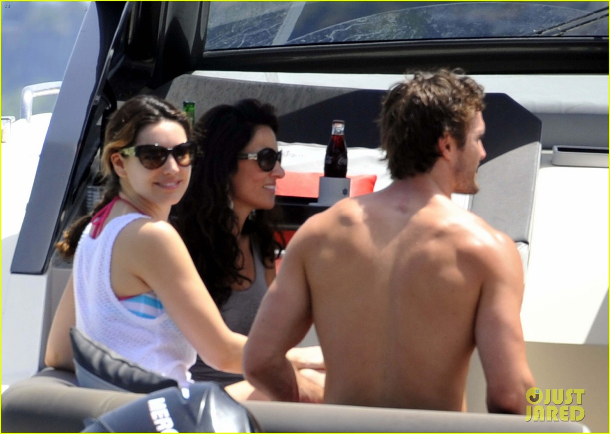 kelly brook thom evans ischia boat ride 182686461