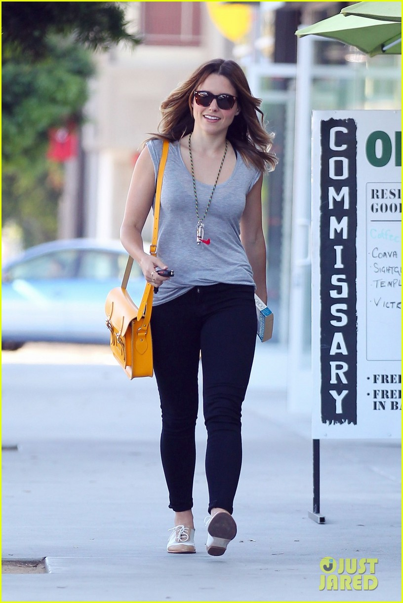 sophia bush coffee lunch 04