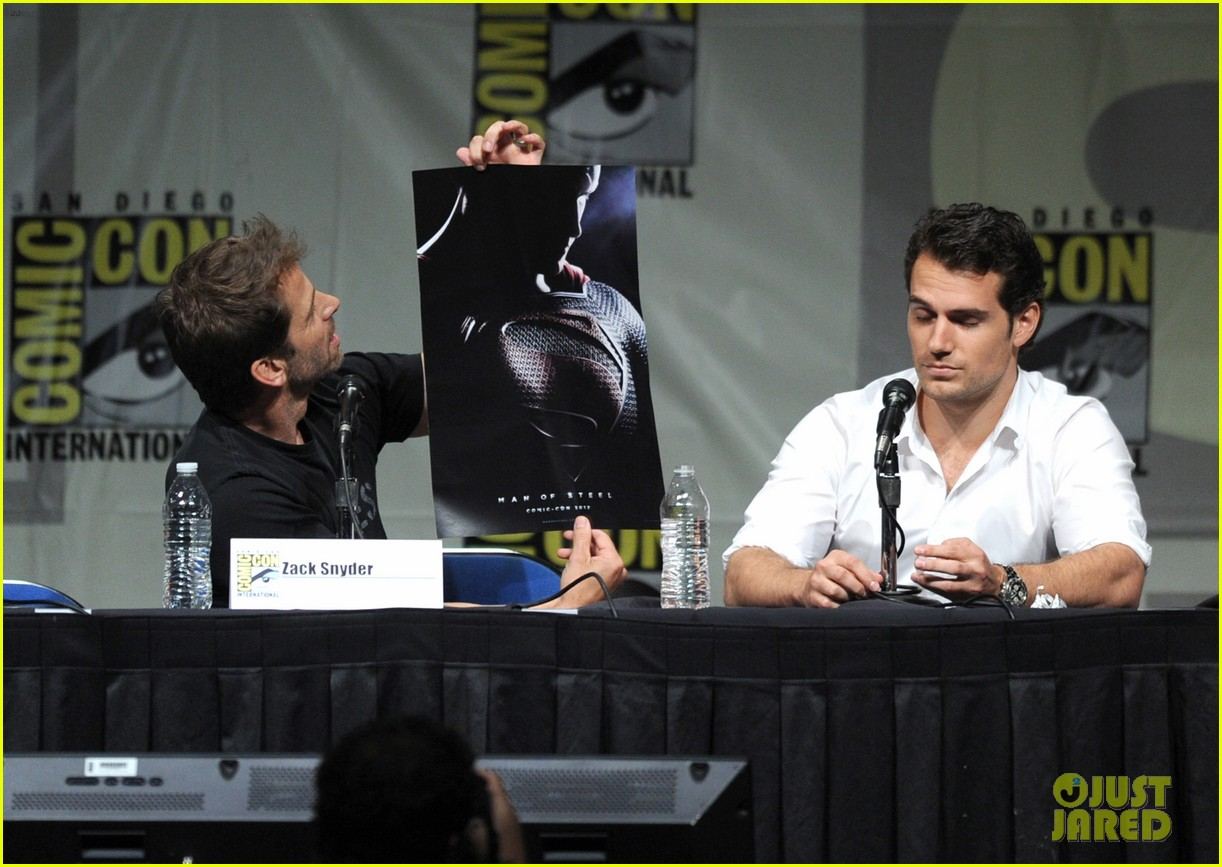 henry cavill man of steel panel at comic con 06