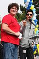 jamie chung harry shum jr aids walk san francisco 05
