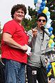 jamie chung harry shum jr aids walk san francisco 05