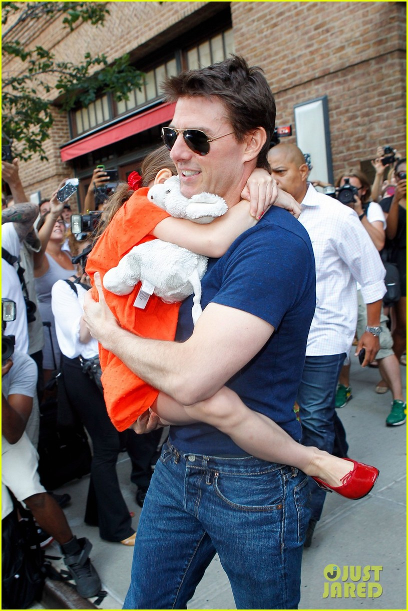 tom cruise suri daddy daughter day 022688852