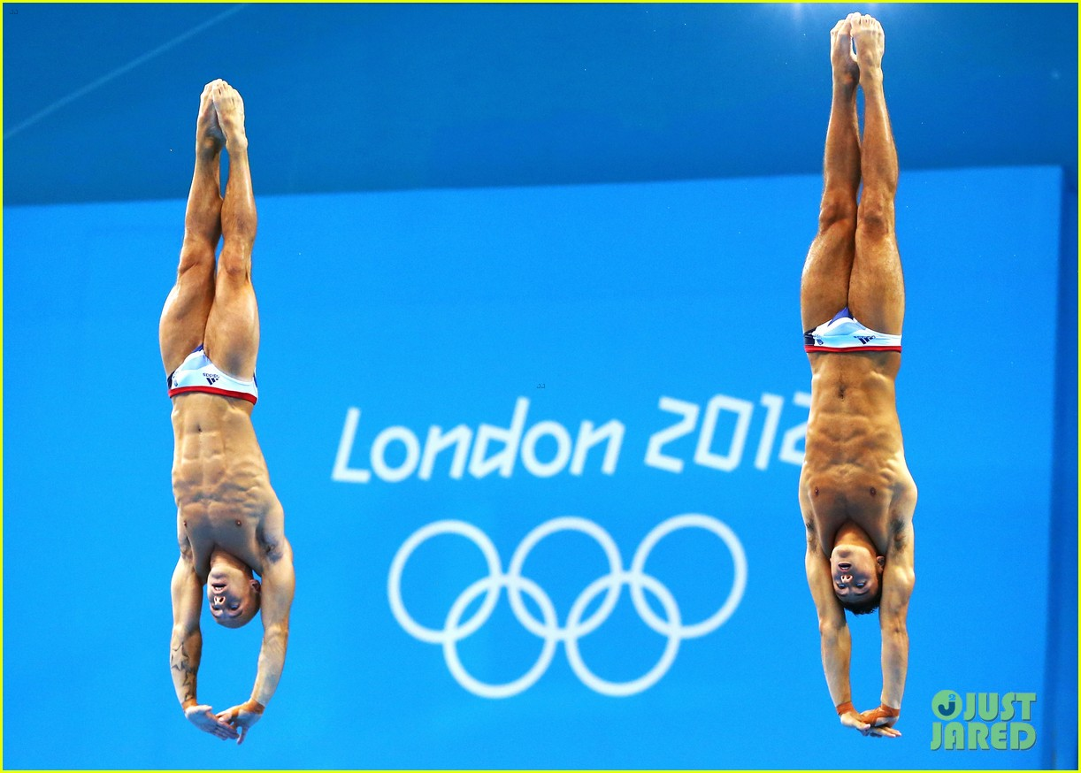 british diver tom daley misses out on olympic medal 27