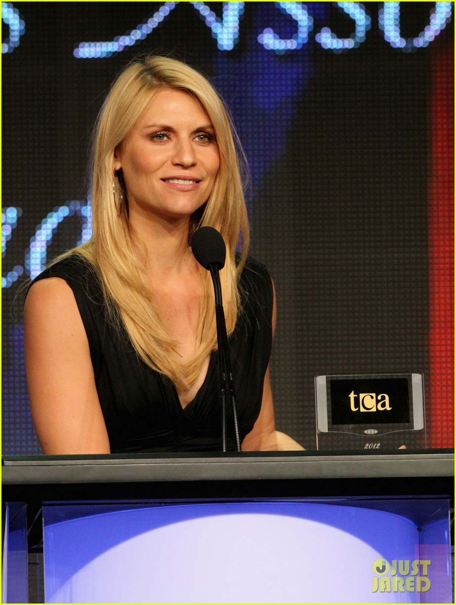 claire danes wins tcas outstanding achievement in drama 102693646