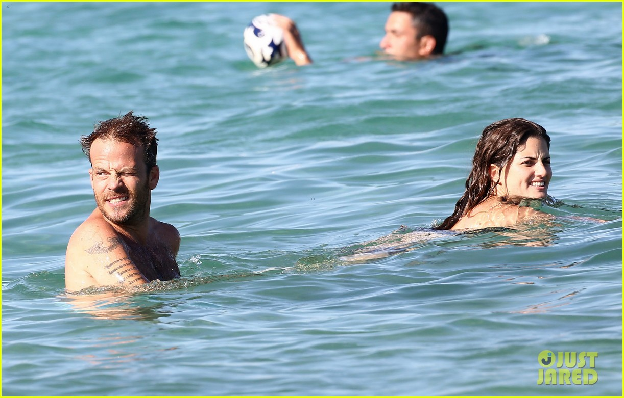 shirtless stephen dorff vacations with tara reid 08