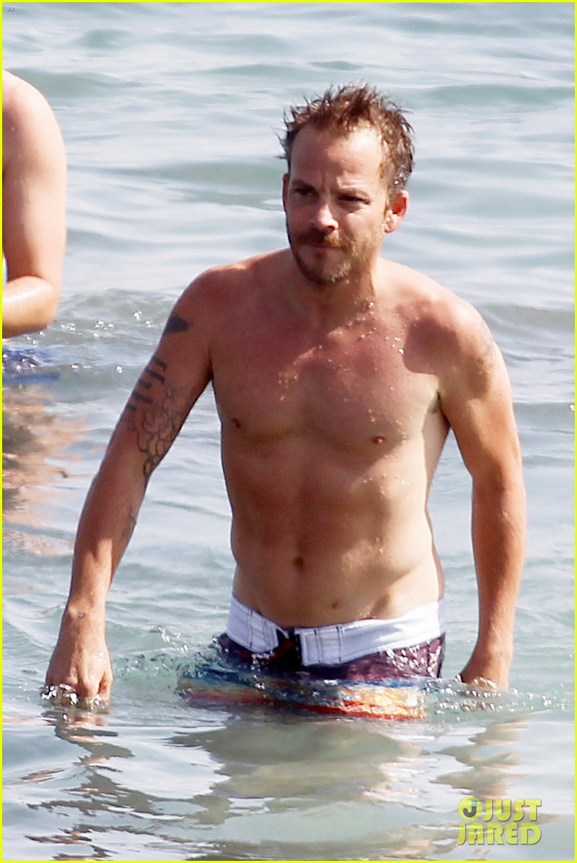 stephen dorff shirtless in spain 152686623