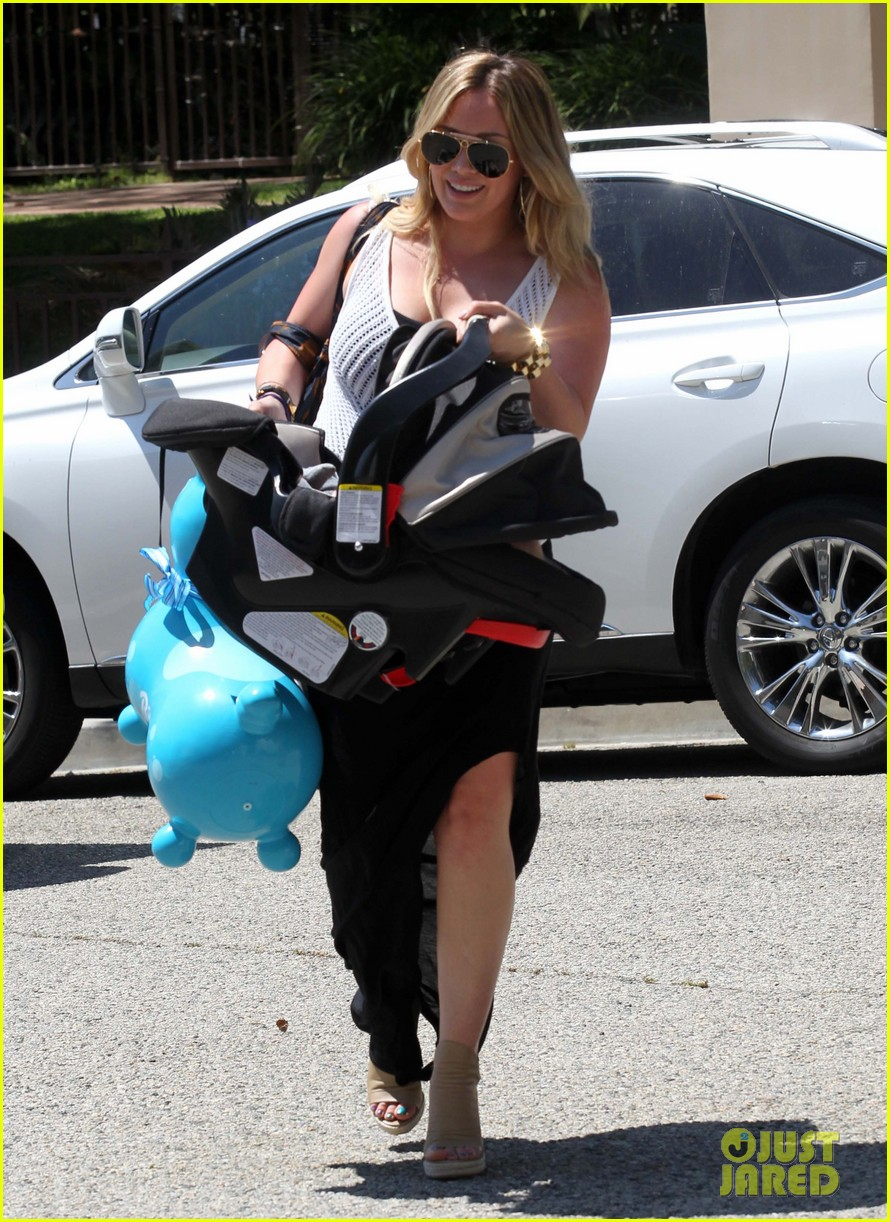 hilary duff baby shower with luca 10