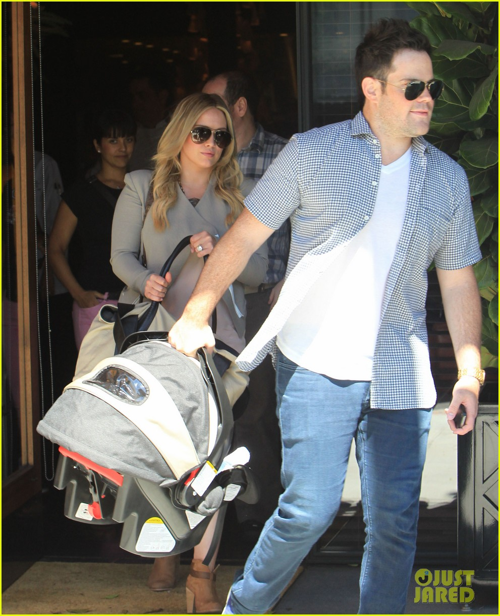 hilary duff house hunting with mike 17