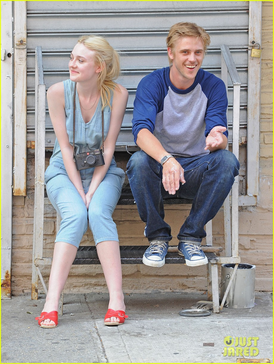 dakota fanning very good girls boyd holbrook 10