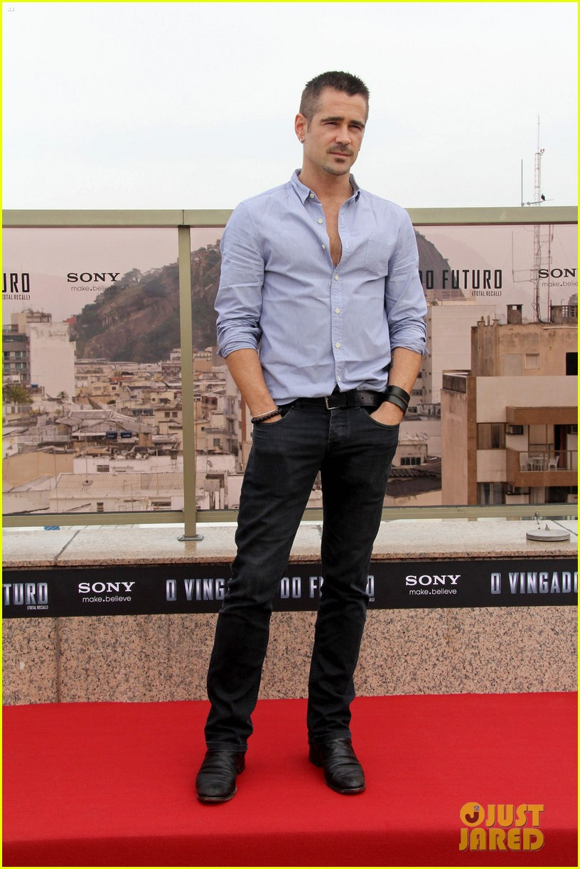 colin farrell total recall photocall 03