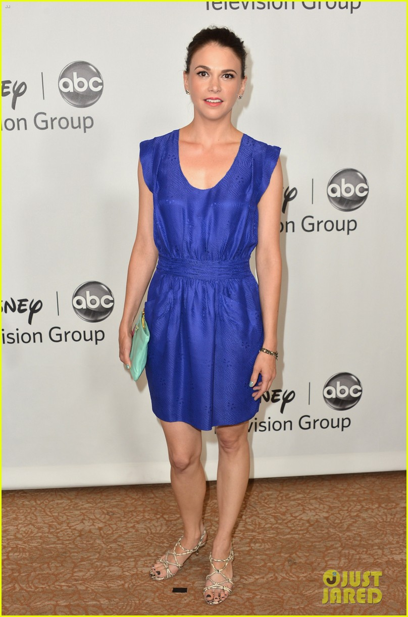 sutton foster vanessa williams abc tca party 022693578