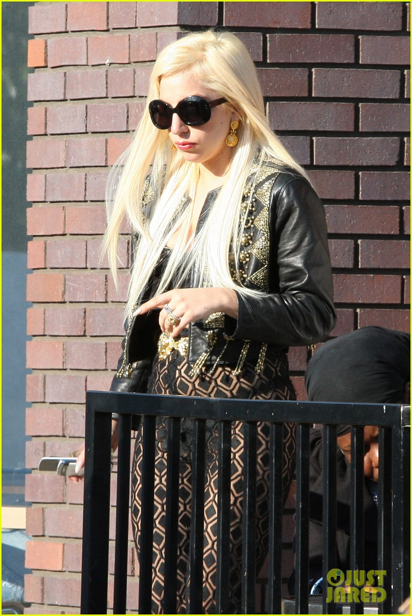 lady gaga from australia to lax 03