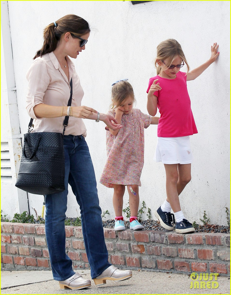 jennifer garner girls day out 042682790