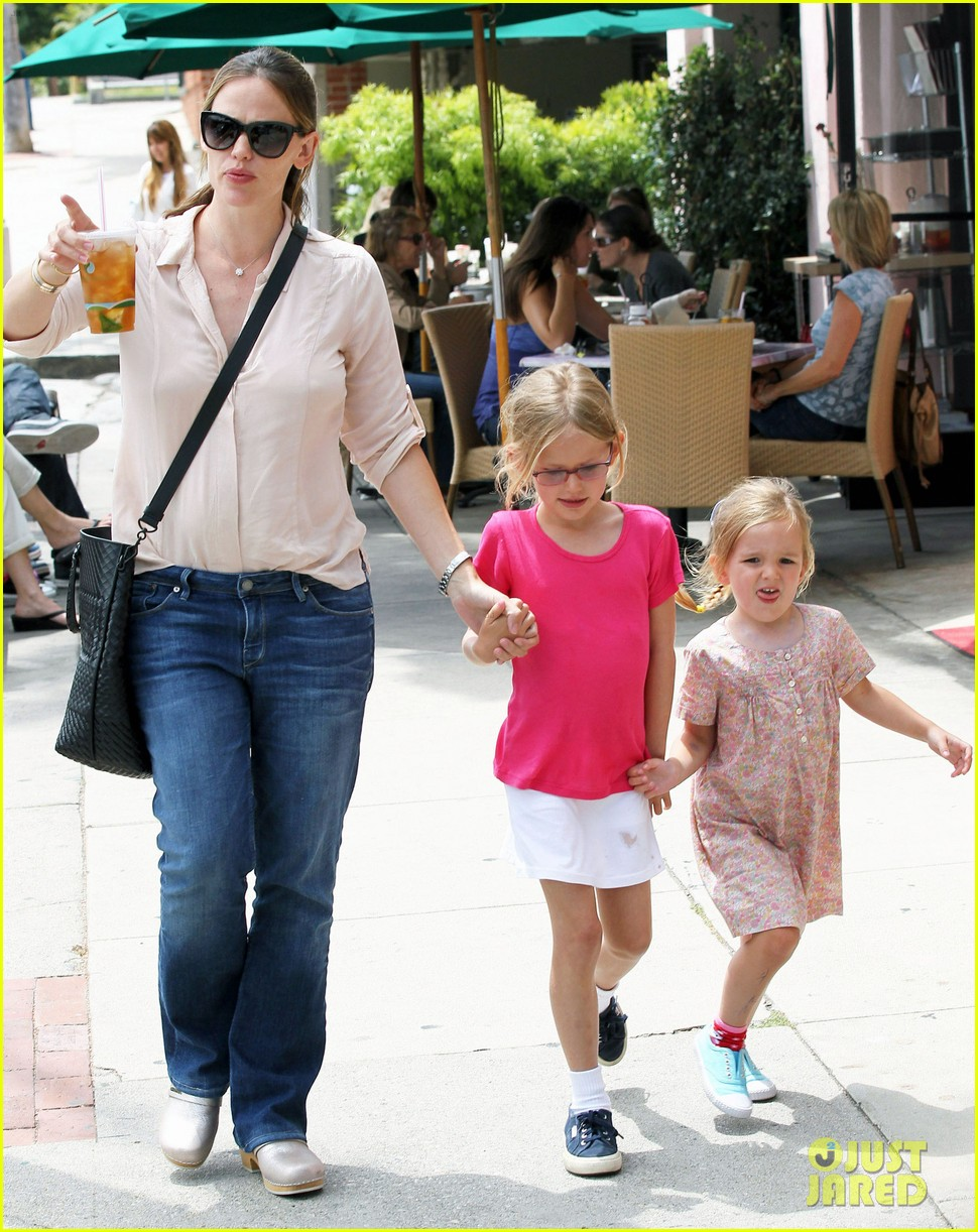jennifer garner girls day out 21