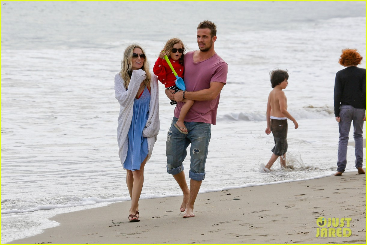 cam gigandet dominique geisendorff july 4 beach everleigh 072683417