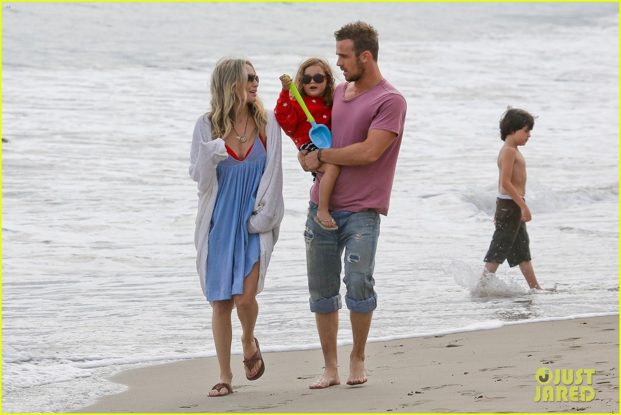 cam gigandet dominique geisendorff july 4 beach everleigh 10