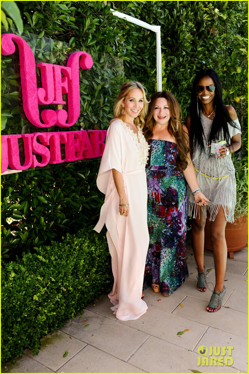 justfab pool party 46
