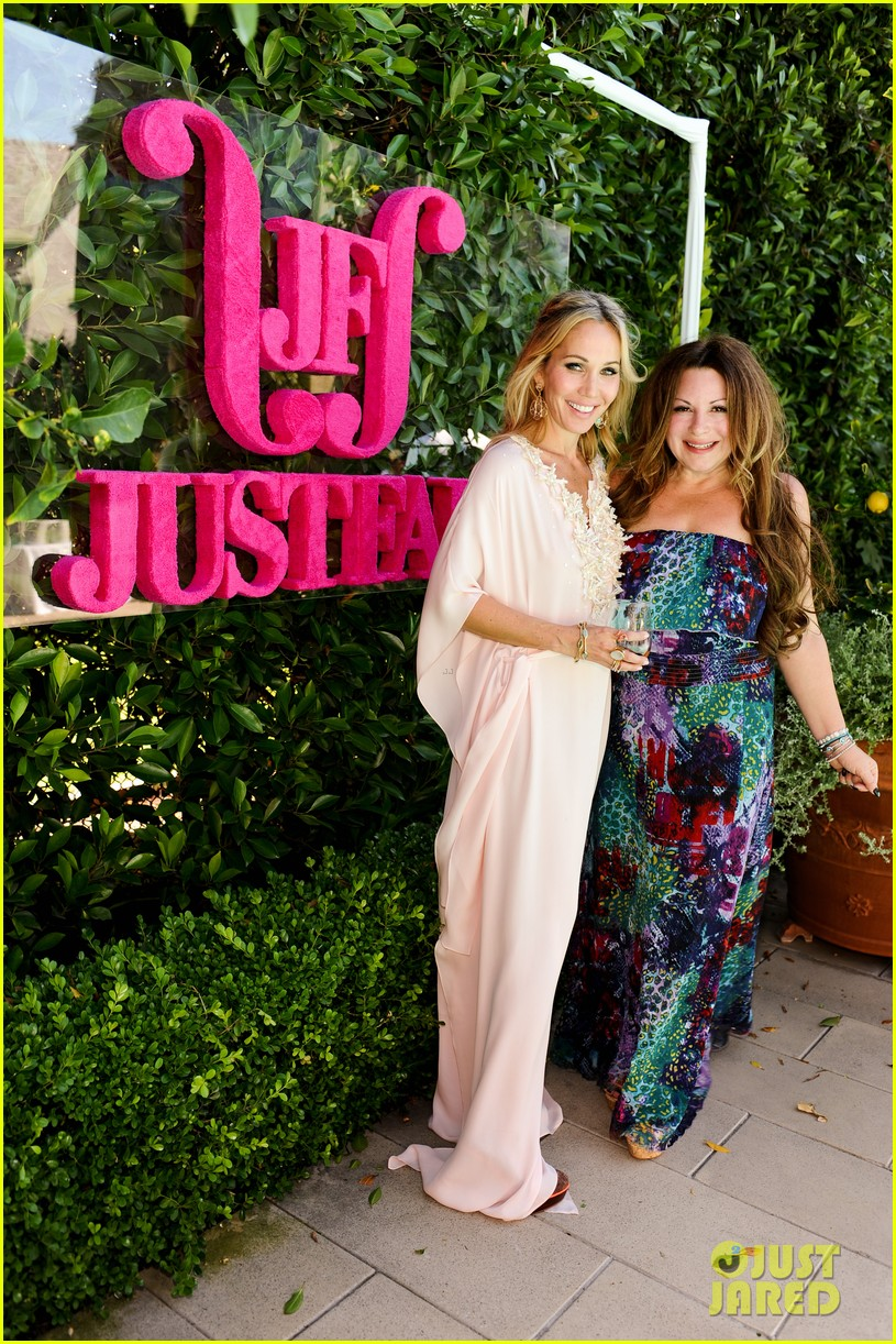 justfab pool party 47