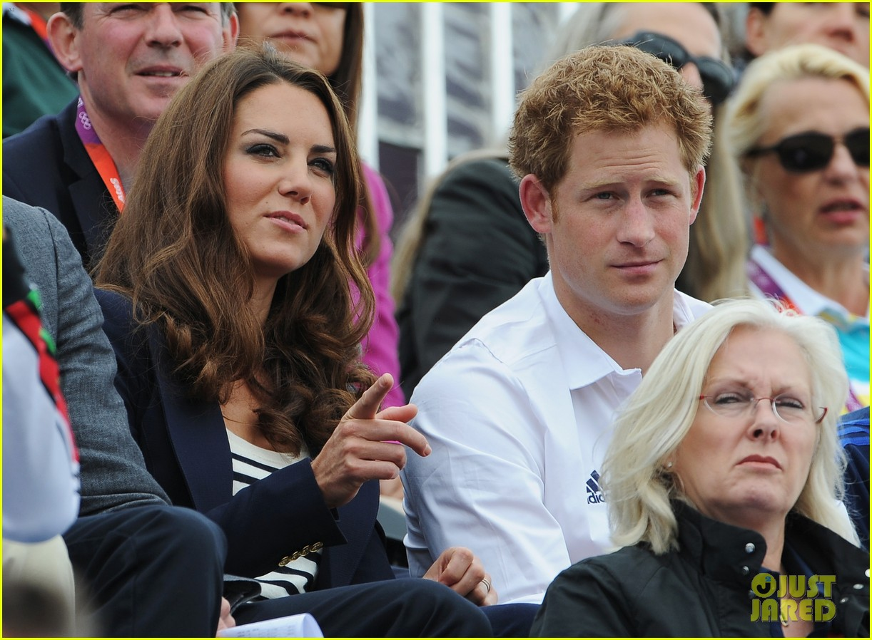 duchess kate prince william watch zara win silver medal 13