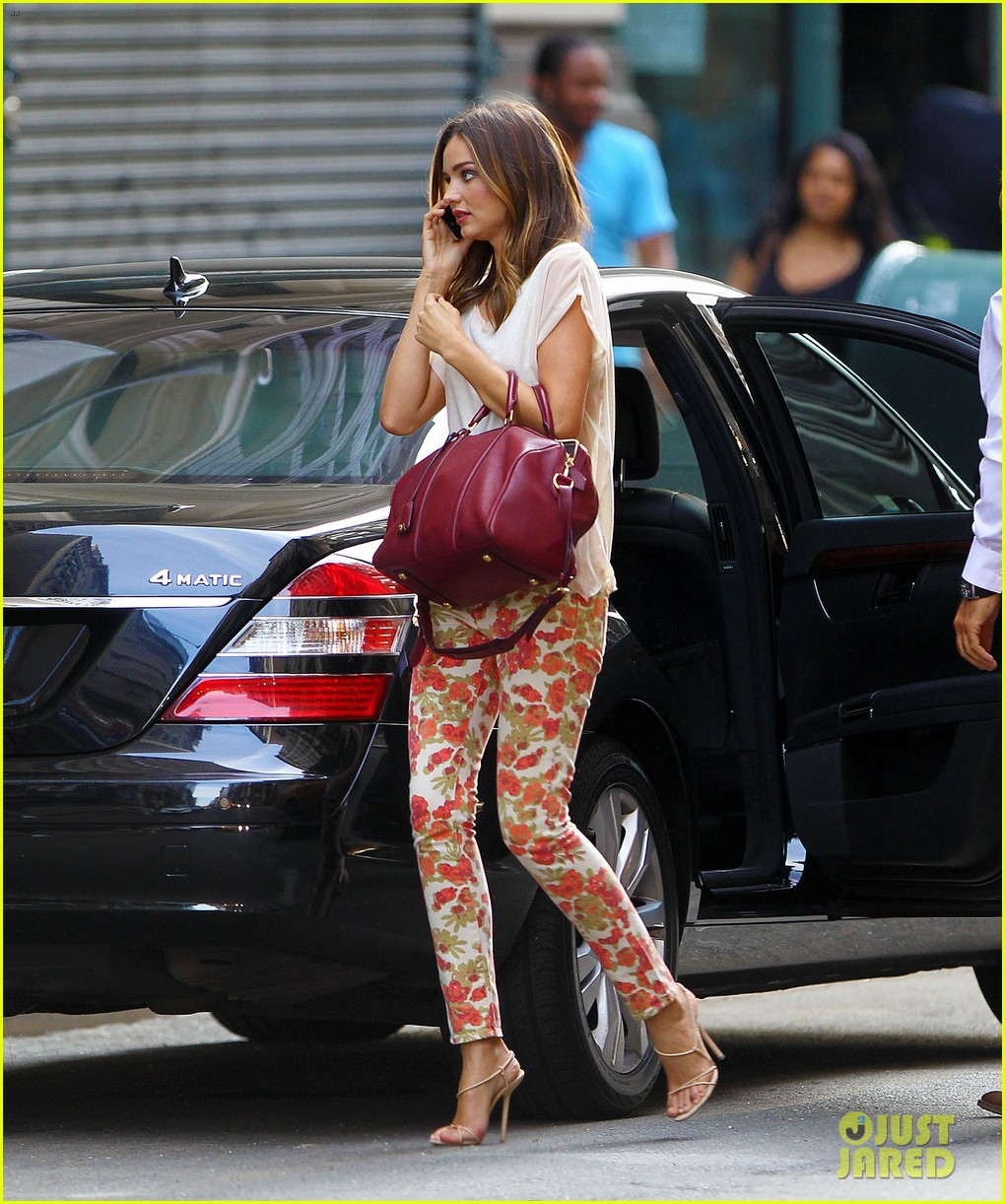 miranda kerr floral pants lover in nyc 022688242