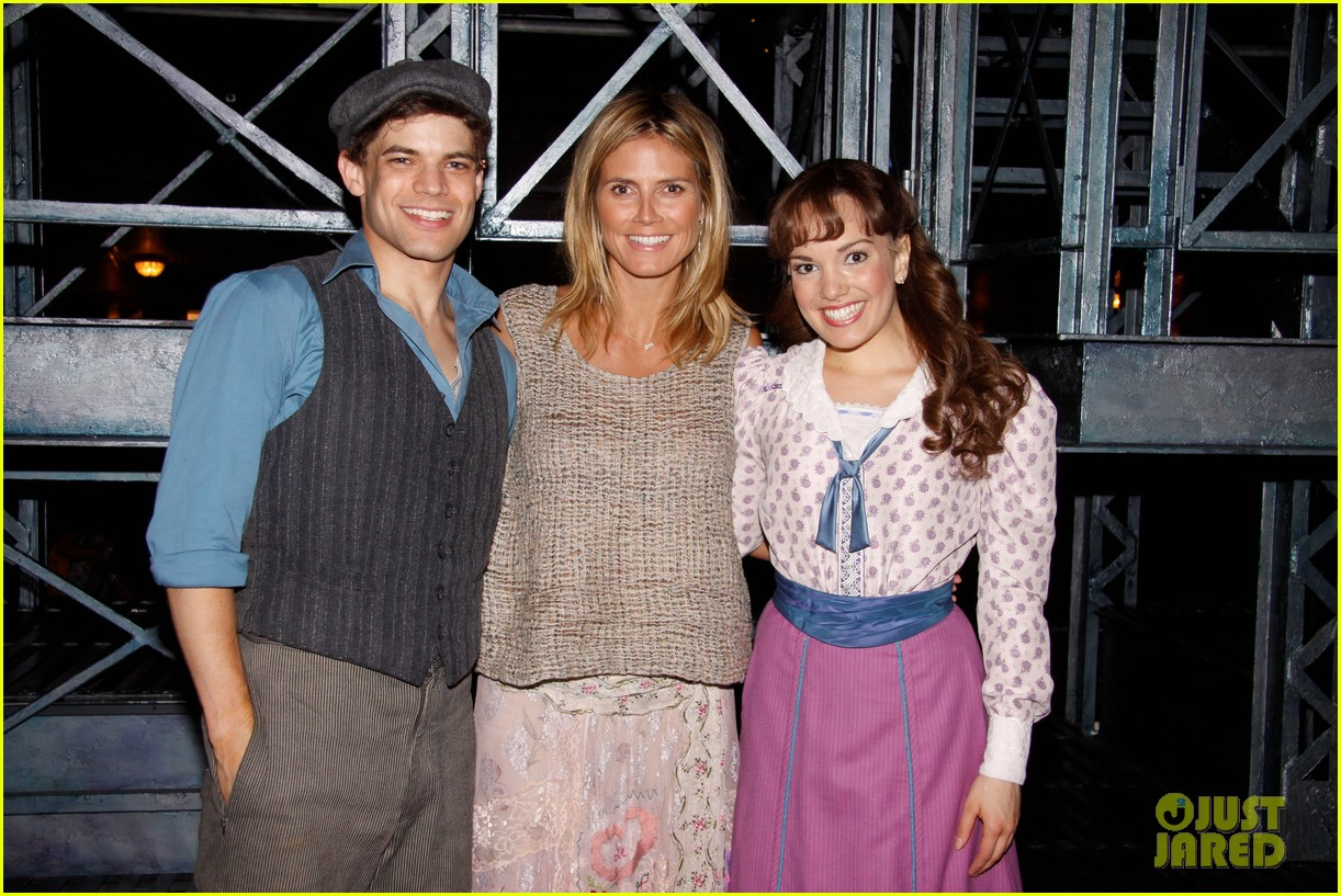 heidi klum broadways newsies with the kids 152684728