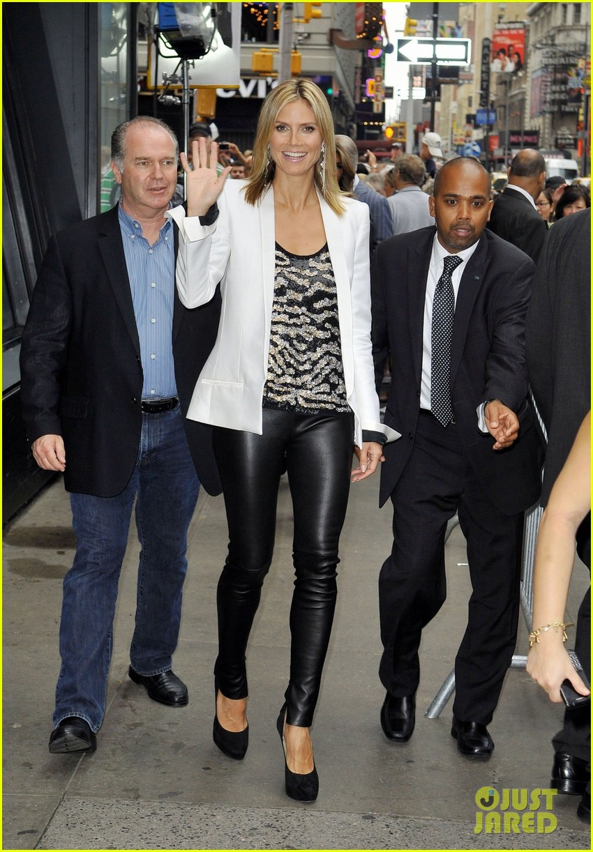 heidi klum project runway premieres tonight 07