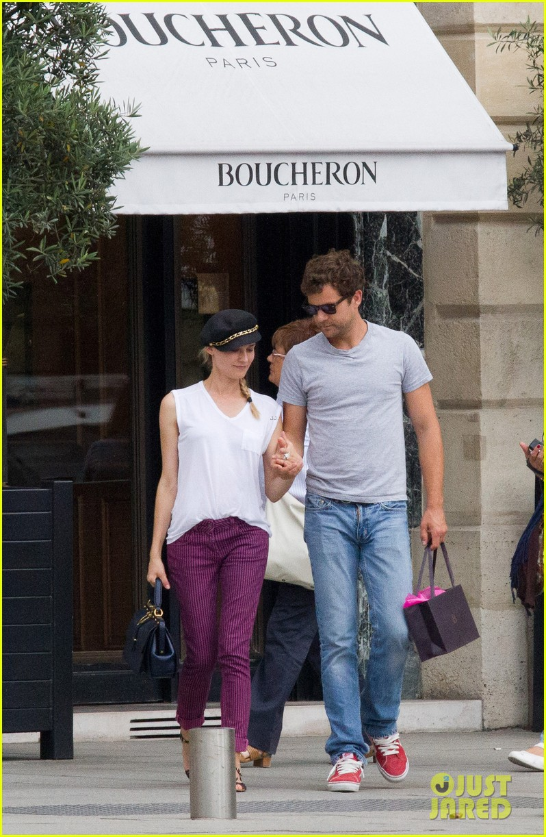 diane kruger joshua jackson carnival couple in paris 03