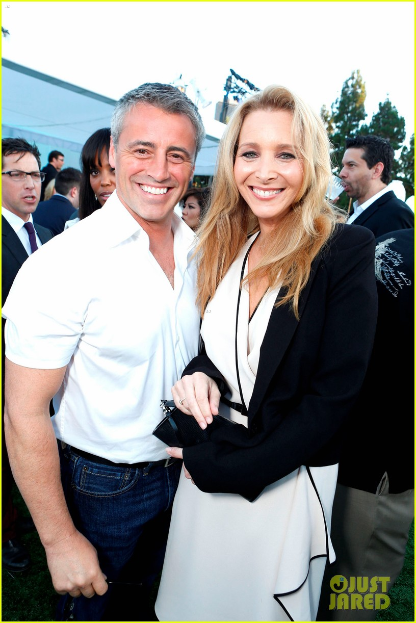 matt leblanc lisa kudrow friends reunion at tca party 02