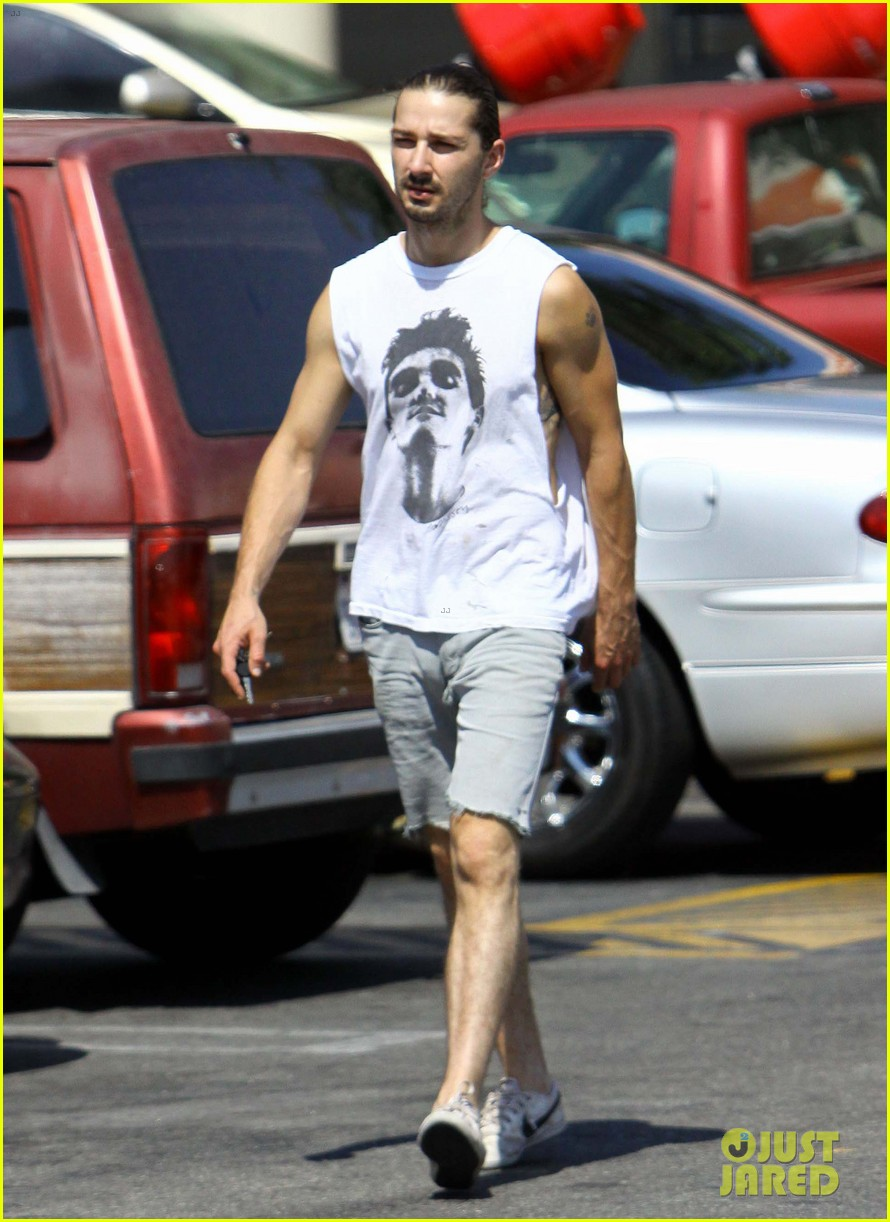 shia labeouf home depot man 09